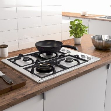 HG1664S Gas Cooktop on wooden benchtop