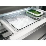 RF2826 freezer with ice maker